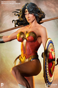 Wonder Woman Premium Format Figure LITE
